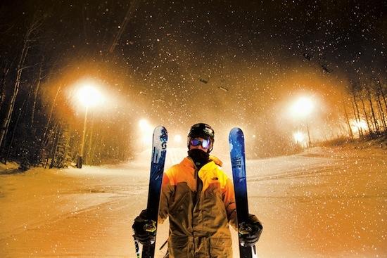 Comment bien choisir la largeur de ses skis