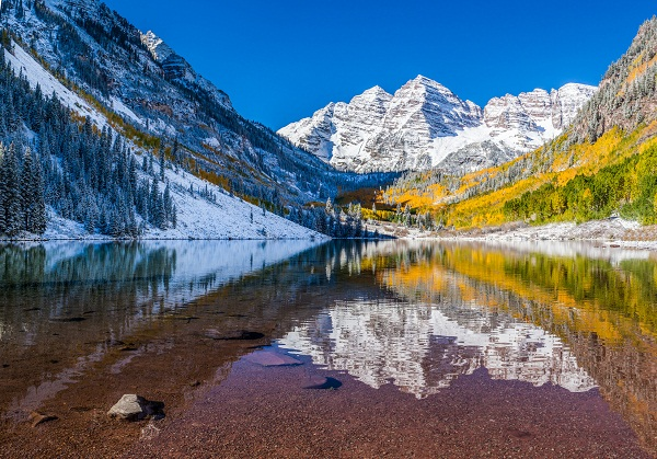 Maroon Bells national park in Falls, Aspen