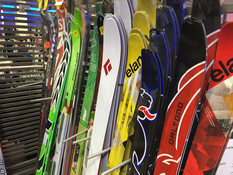 Skis de randonnée - credits INTERSPORT Cluses