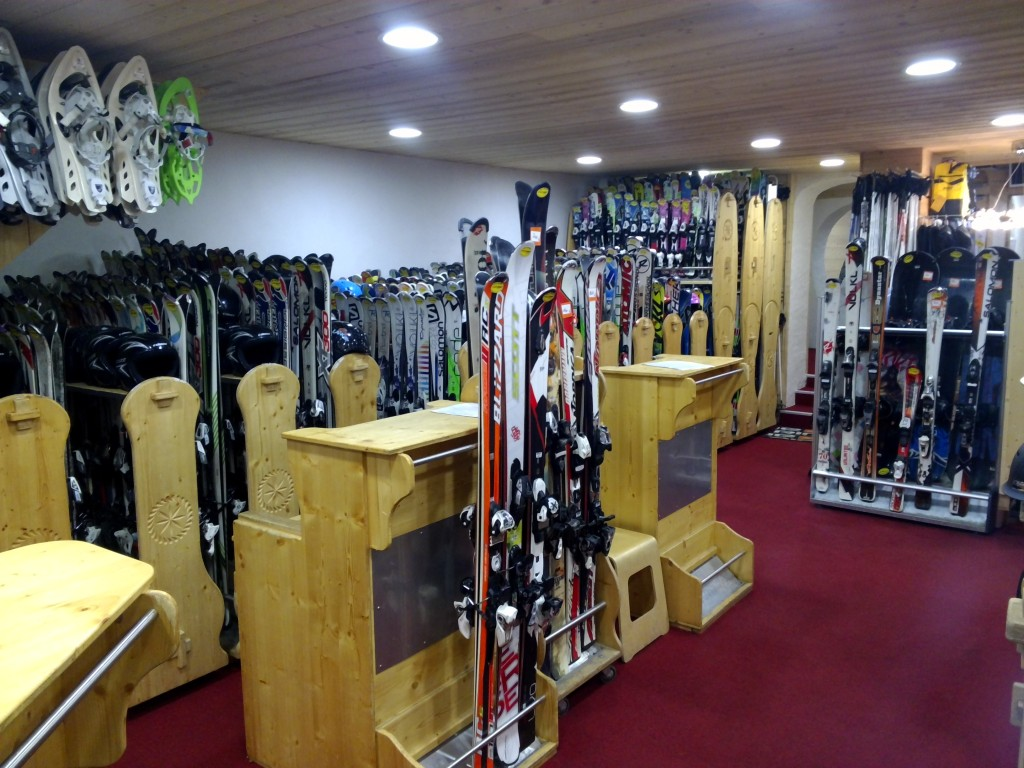 http://weloveski.intersport-rent.fr/wp-content/uploads/2016/02/photo-1-location-ski-Serre-Chevalier-1024x768.jpg