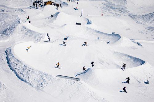 ridethesnake_davidtchag_act_snowboarding