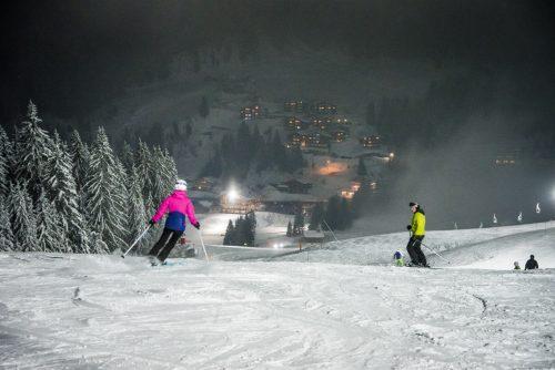Ski Nocturne à la station Manigod dans les Aravis avec possibilité de privatiser les pistes (@David.Machet-H16)