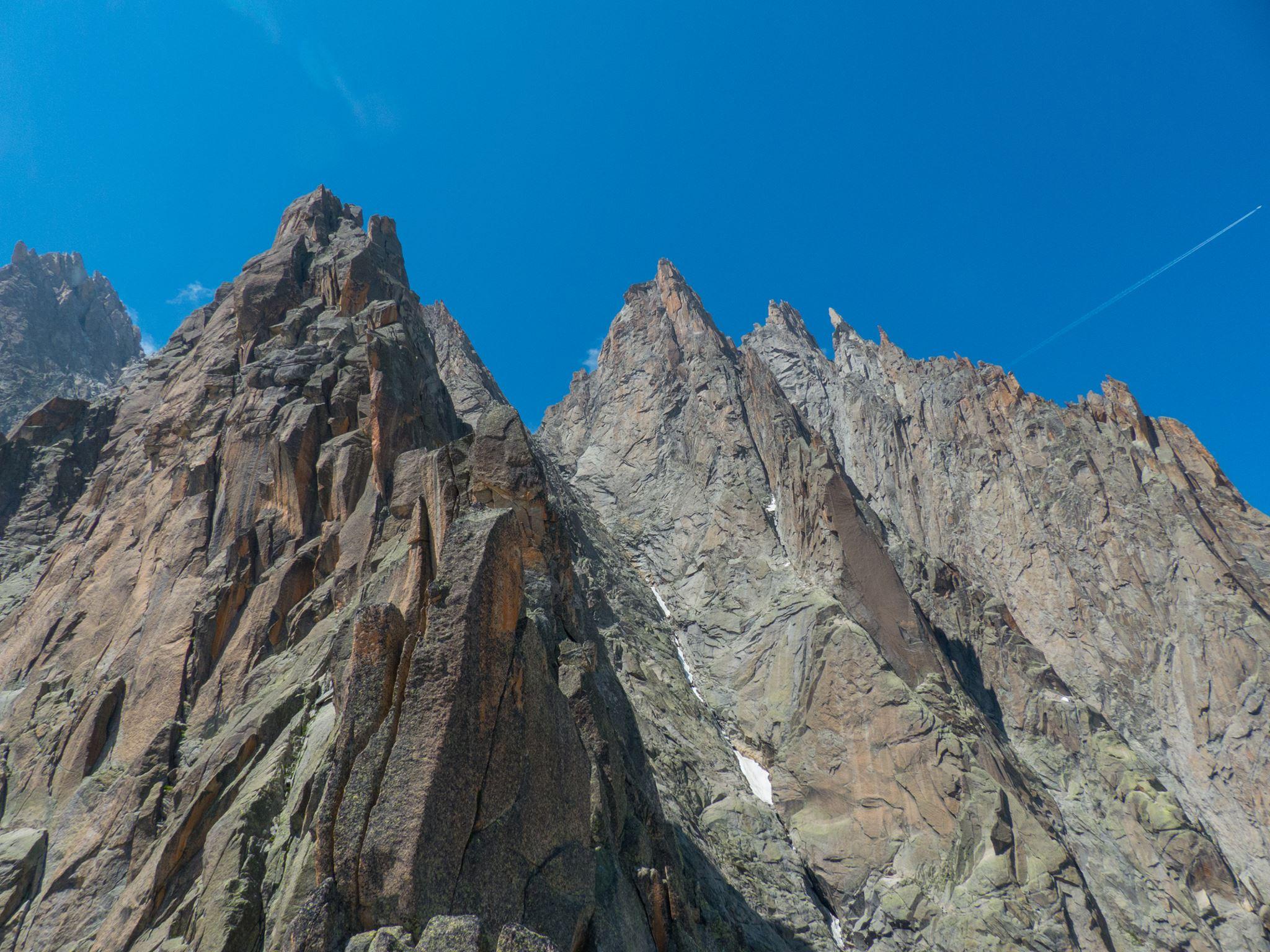 L'envers des Aiguilles à Chamonix - (®Fred Vionnet - grimpisme.com)