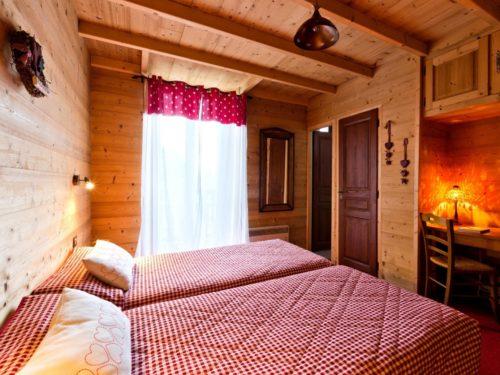 Hôtel Logis - Thollon les Mémises