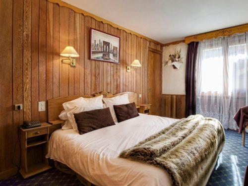 Hôtel Logis - La Cluzas