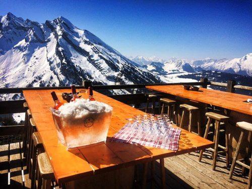 Le Relais de l'Aiguille - top 10 des plus belles terrasses d'altitude