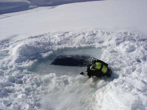 Plongée dans glace