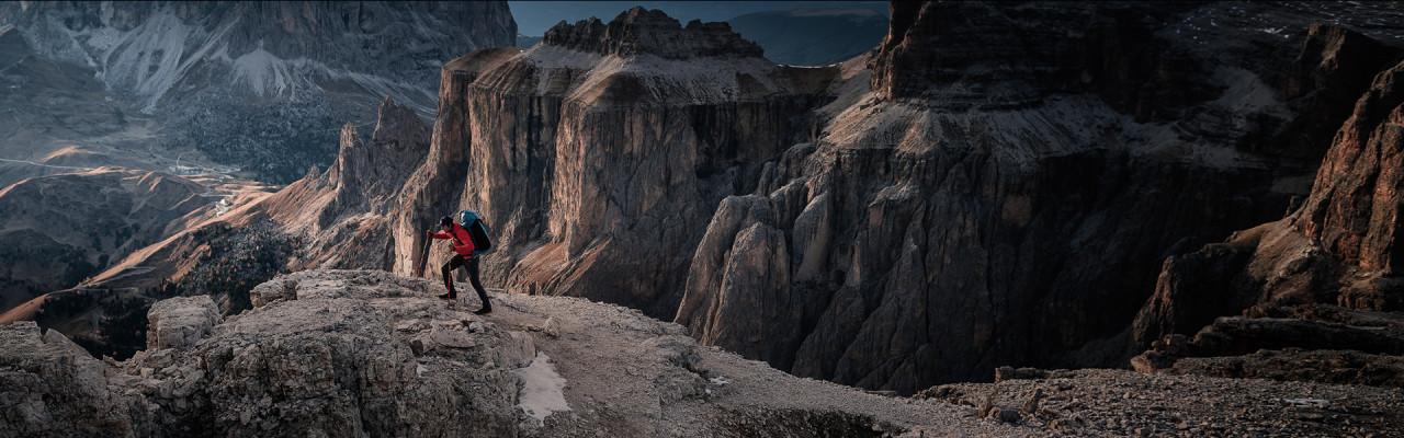 La marque Salewa vous équipe des pieds à la tête pour le speed hiking Crédit : Salewa