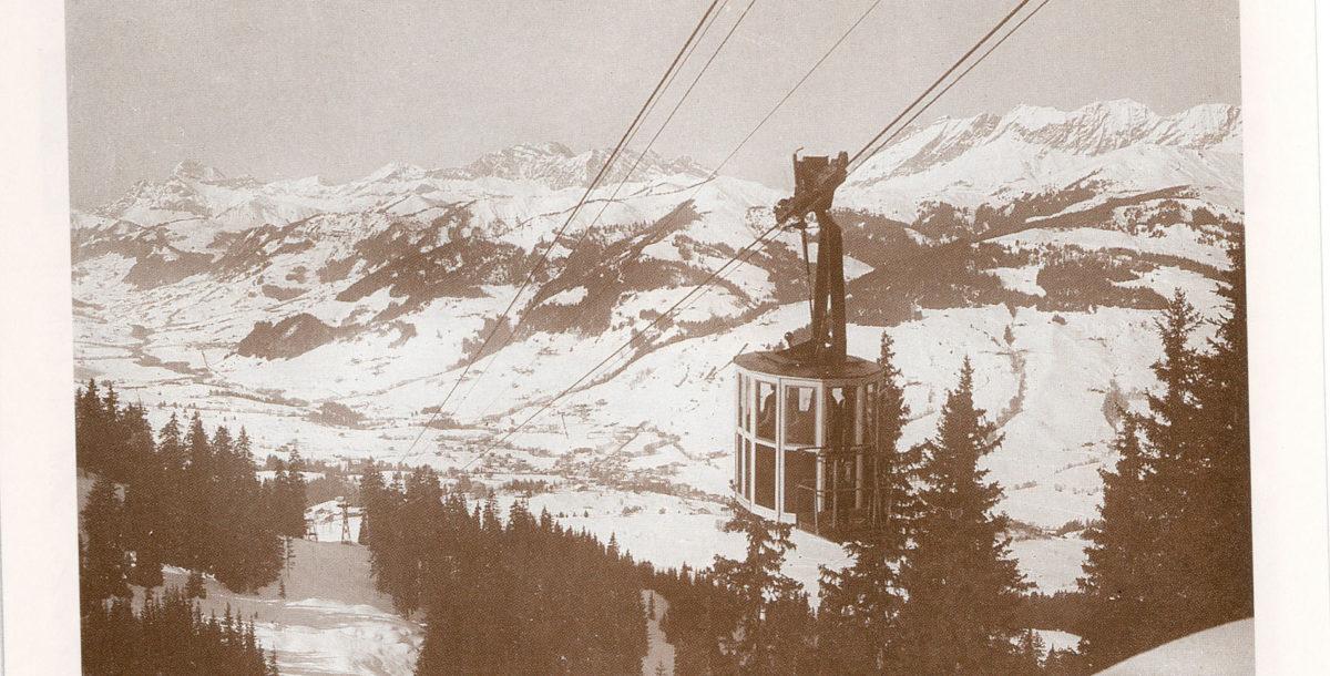 Megève fut la première station à se doter d'un téléphérique dédié aux skieurs. Ici le deuxième téléphérique Le Mont d'Arbois construit en 1934 et inauguré en 1935