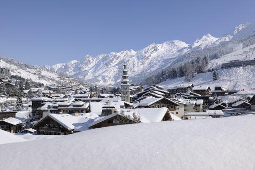 Village La Clusaz en Haute-Savoie (Pascal Lebeau - 2012-paysage)
