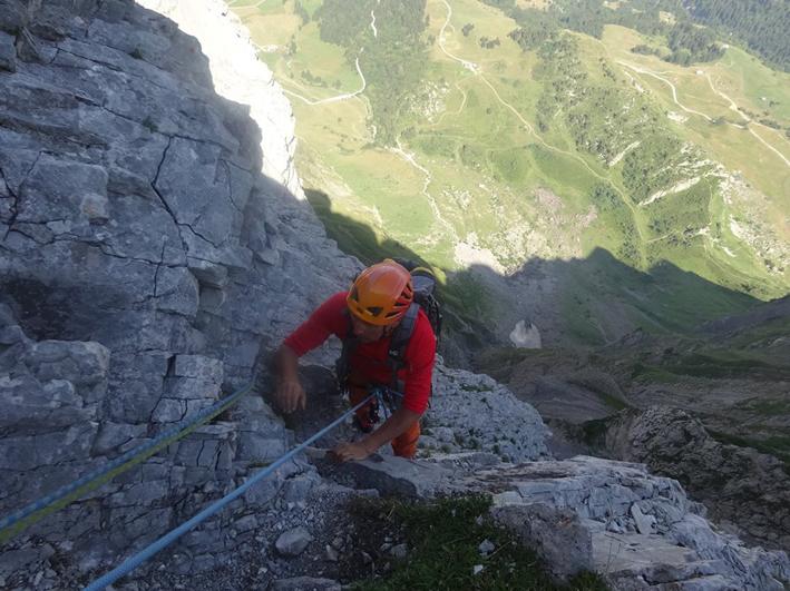 L'escalade est une activité relativement peu coûteuse au niveau de l'équipement. © Eric Smolski