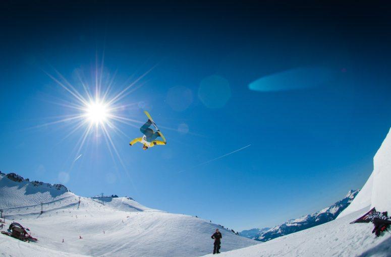 Vêtements et accessoires de snowboard: zoom sur les innovations!